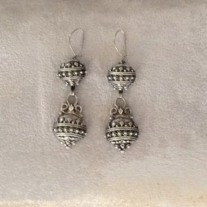 Cute Fashion earrings on wire.